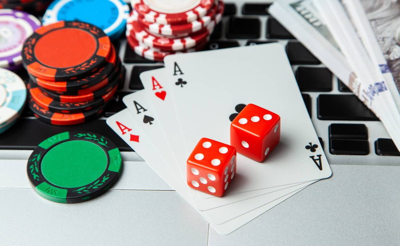 Features Of Playing Baccarat Online Through The Web - Banana Chips